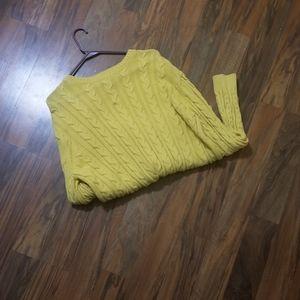 Beautiful  warm sweater perfect for fall